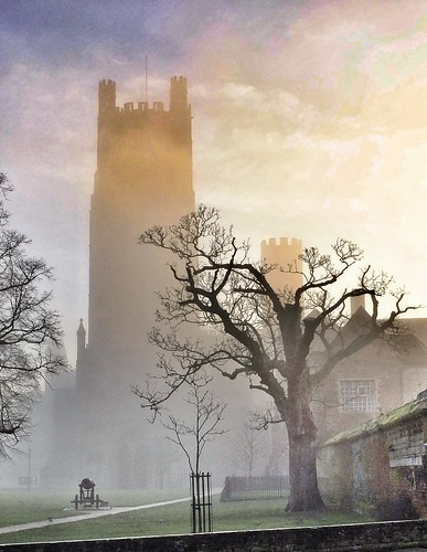 fog sunrise canon cathedral ely elycathedral ipad snapseed uploaded:by=flickrmobile flickriosapp:filter=nofilter