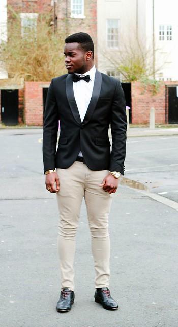 Men's black Tuxedo Jacket, white shirt, bow tie & beige skinny ...