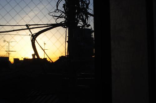 sunrise dark 東京 toukyou 日の出 freephoto 暗い darktheme nikkor35mmf14ais 12月21日 cc0 d5100 20121221 2012年12月21日 暗い話