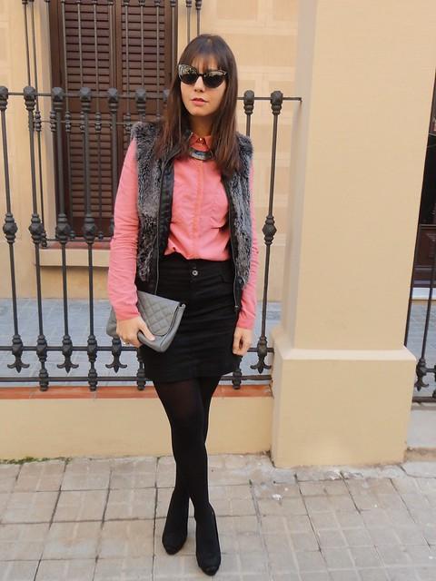 fur vest (2)