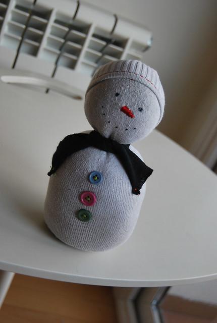 tutorial muñeco de nieve con calcetín