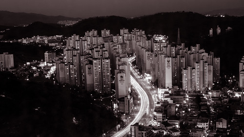 city longexposure sky blackandwhite mountain beautiful night buildings dark landscape apartments outdoor korea southkorea daegu d5100