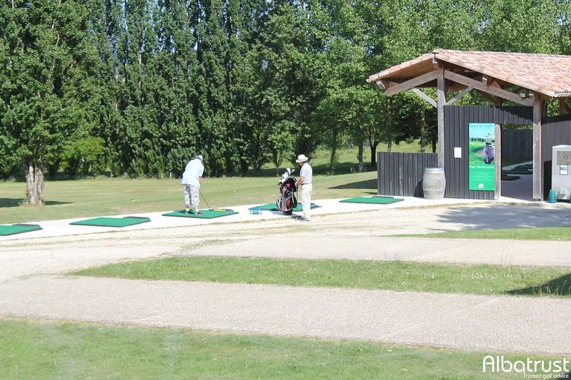 photo du golf Golf d'Albret - Practice - Putting green