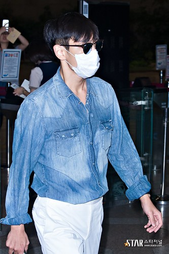 BIGBANG wout Seungri departure Seoul to Tokyo 2016-08-26 2 (22)