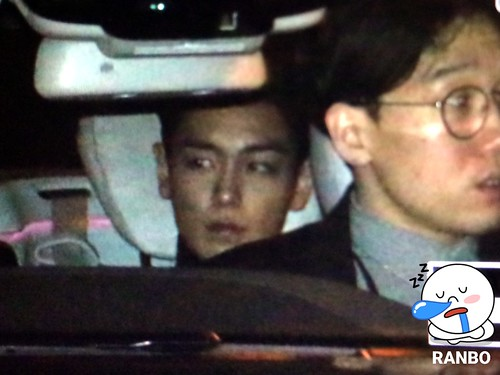 TOP - amfAR Charity Event - Leaving - 14mar2015 - 权志龙的兰博基尼 - 01