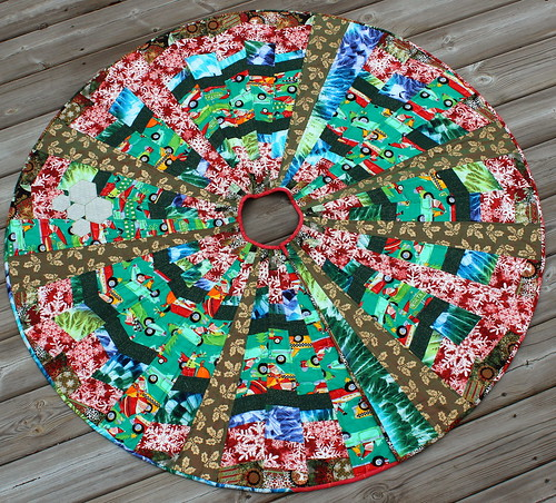 Lapacek Family Christmas Tree Skirt