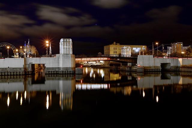 Night @ Cherry Street Bridge