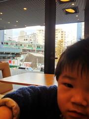 モスカフェで電車みる 2012/12/19