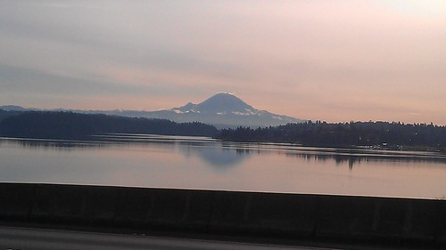 Mt Rainier from the I-90 bridge by christopher575