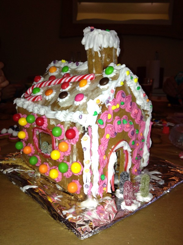 One night, at the gingerbread house..