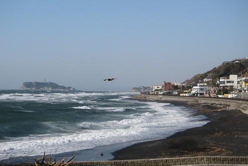江ノ島と見えない富士山