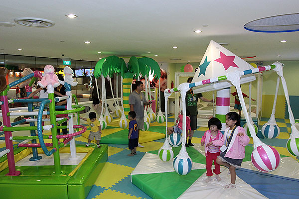SingKids indoor playground