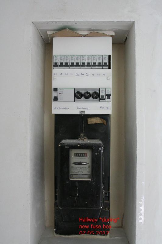 Hallway_during_fuse_box_07_05_2012