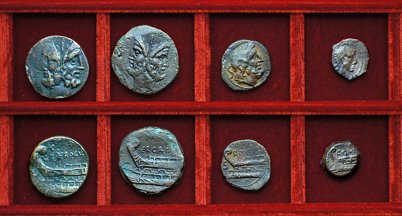 RRC 350A GAR VER OGVL Gargilia Vergilia Ogulnia bronzes, RRC 350B prow left bronzes, Ahala collection, coins of the Roman Republic