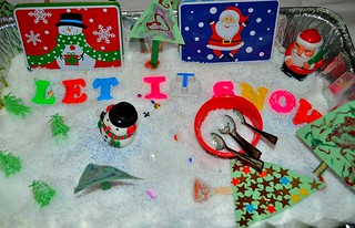 Christmas-Sensory Bin (Photo from Blog Me Mom)