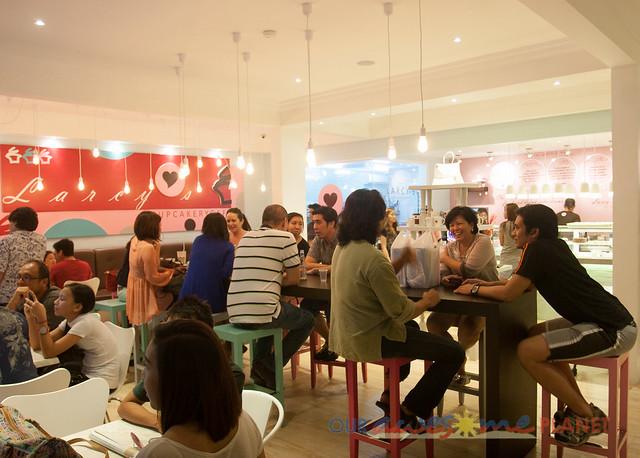Larcy's Cupcakery Cafe-3.jpg