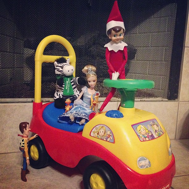 Got your ticket?? Frank gave everyone rides tonight!! 21/24 #elfonashelf