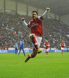 Mikel Arteta celebrates his goal