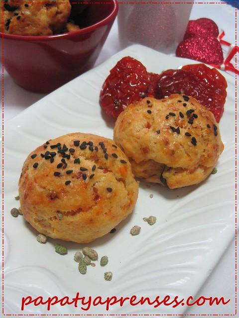 kuru domatesli çörek