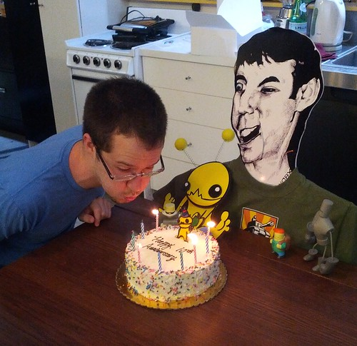 Alien Hominid 10th Year Anniversary cake!