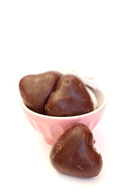 weiche herzen-biscotti tirolesi allo zenzero glassati