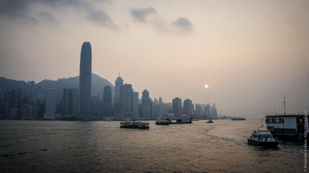 Закат в Гонконге