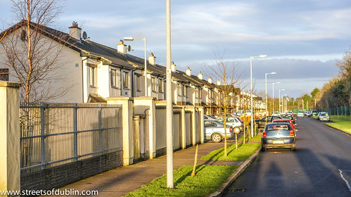 Rosconnell Avenue Newbridge (County Kildare) On Christmas Day 2012 by infomatique