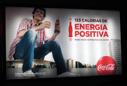 2013-New-Year-Coca-Cola-Newstand-Backlit-123-kcal-skate by roitberg