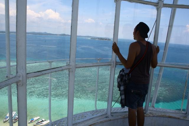 Pulau Lengkuas 8 - Panorama dari atas Mercusuar Pulau Lengkuas