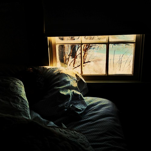 winter light sun sunlight alarm window sunrise dark bed quilt sleep newhampshire son pillow textures dreamy filters darken sanbornton photoforge uploaded:by=flickrmobile flickriosapp:filter=nofilter