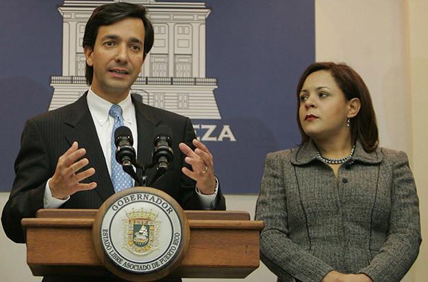 Secretaria del Departamente de la Familia y Gobernador Luis Fortuño