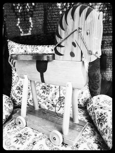 Puuhevonen by Anna Amnell