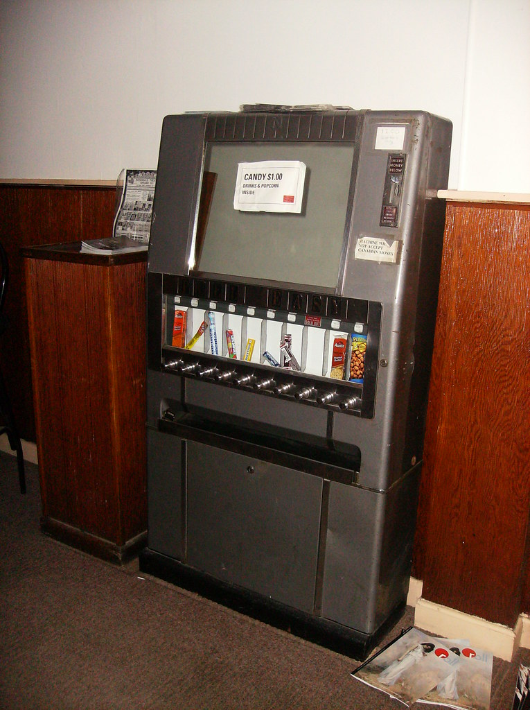 Rosendale_Theatre_candy_vending_machine