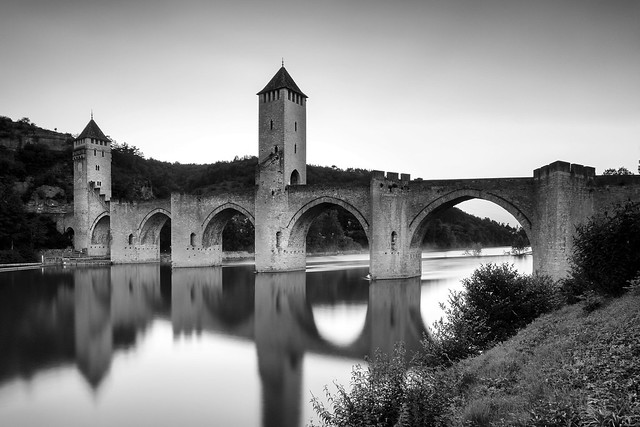 Valentré Bridge #explore