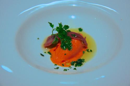 Restaurante Solana - Helado de pimiento de piquillo con anchoa del cantábrico con aceite picual.
