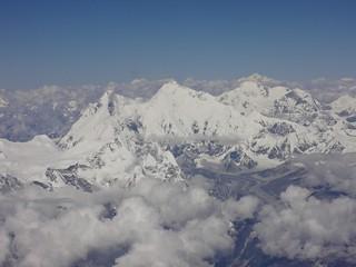 Aviao sobre o Monte Everest