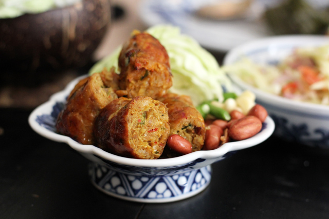 8299054137 ae25b88b56 o Thai Lao Yeh   Fancy Restaurant, Impressive Flavors