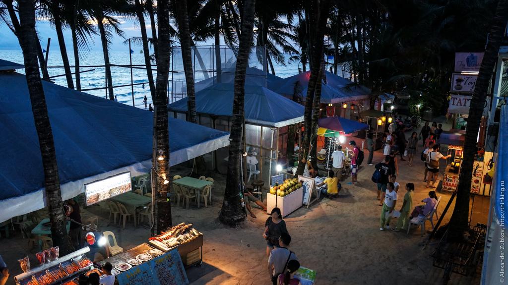 Вечерний плаж на острове Боракай