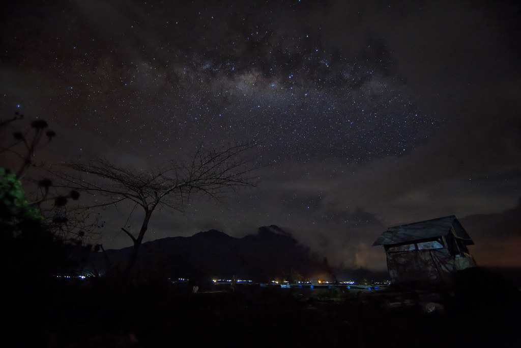 a low light high ISO, wide aperture, fisheye photo taken by liewwk with a Canon EOS 5D Mark III on Jul 18, 2012