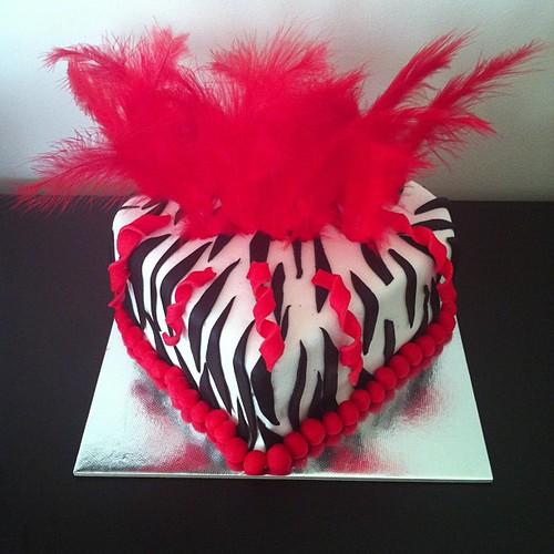 #zebracake #heartcake by l'atelier de ronitte