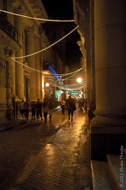 havana at night with Christmas lights