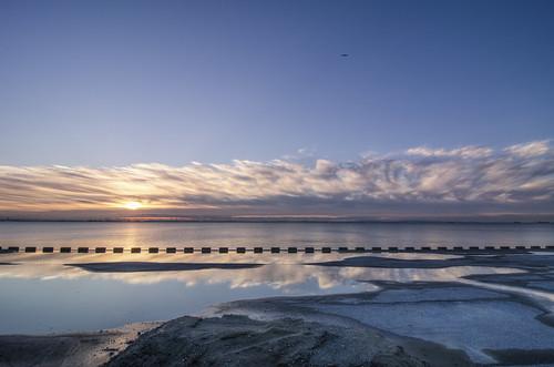 park camera new morning travel blue orange water japan clouds sunrise 35mm photography dawn tokyo bay early nikon factory zoom year newyear chiba 日本 東京 gaijin 旅行 新年 初日の出 朝 外人 外国人 年 2013 ニコン sogokoen 明けまして d7000