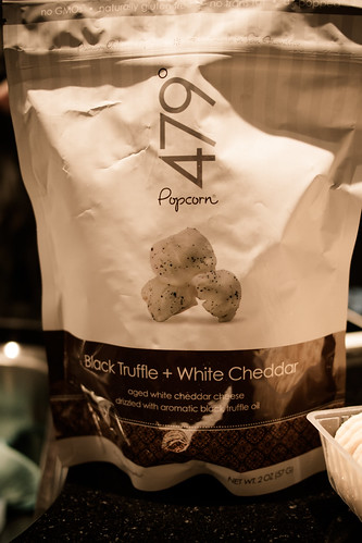 The most AMAZING black truffle & white chedder popcorn by 479 Popcorn