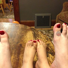 Mommy and Aellyn got a pedicure courtesy of gma