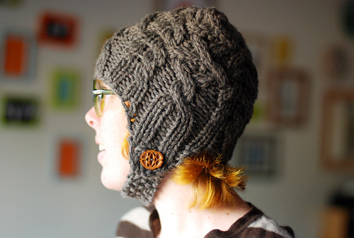 Cabled Haka hat+cowl