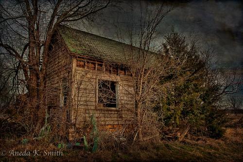 abandoned neglected oldhouse trespassing keepout nikond90 mcalesterok seoklahoma anedasmith