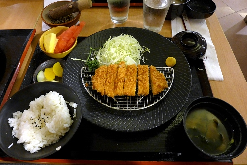 Rosu Pork Tonkatsu Set 90 grams at Yabu, The House of Katsu in The Atrium, SM Megamall