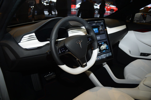 Tesla model x concept interior at 2013 naias flickr for Tesla model x interieur