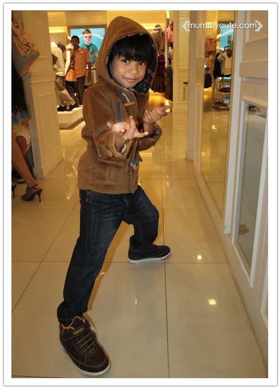 8403062574 7665a087e1 b fesyen baju kanak kanak terkini | Gaya Uwais
