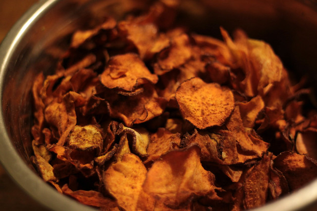 dehydrated sweet potato chips, raw snacks, bbq flavor yam chips, dehydrated yam recipes